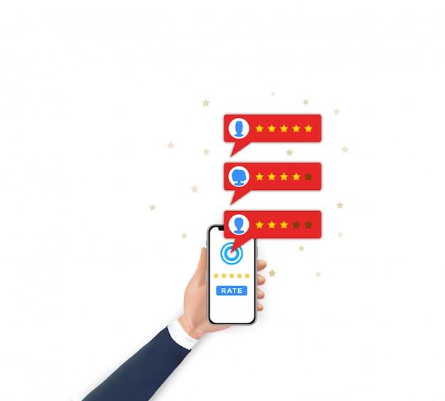 Valutazione del giudizio del cliente sul cellulare. mano che tiene smartphone, stelle di tasso di recensioni di app mobili