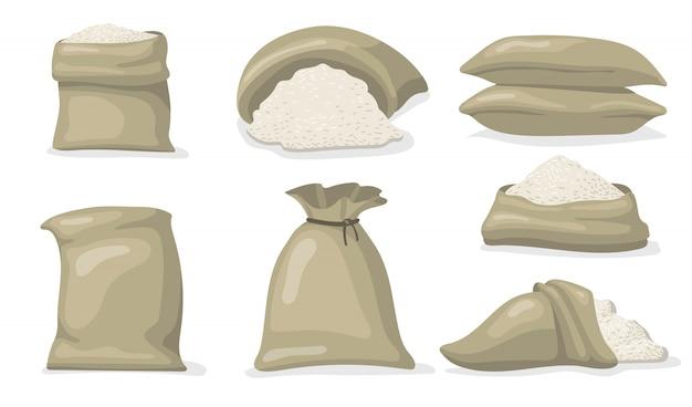 Vari sacchi di riso bianco set piatto