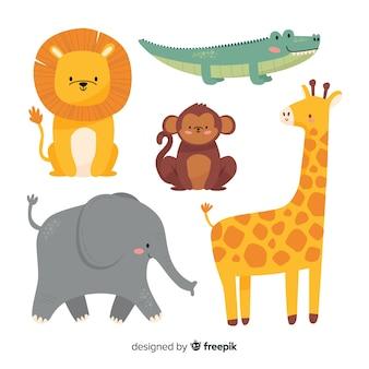 Varietà di animali selvatici nella giungla e nella savana