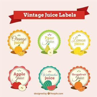 Varietà di deliziosi frutti con etichette