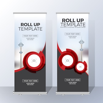 Verticale roll up banner template design per annunci e pubblicità