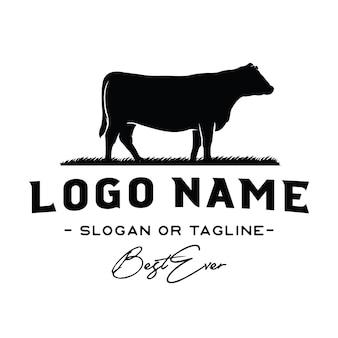 Vettore di ispirazione di disegno di marchio di bovini / manzo dell'annata