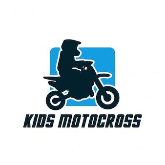 Vettore semplice del segno del distintivo della siluetta di progettazione di logo di motocross dei bambini
