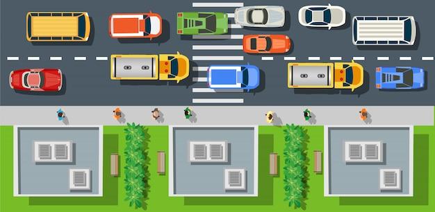 Via della città con asfalto