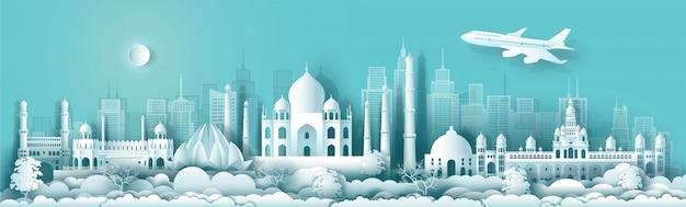 Viaggia in india con un edificio antico e moderno