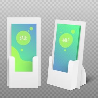 Volantini o materiale promozionale cartone display set, illustrazione realistica su sfondo bianco. porta carte pos per pubblicità commerciale.