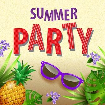 Volantino elegante da party estivo con foglie tropicali, fiori lilla, occhiali da sole e ananas