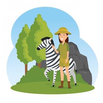 Zebra animale selvatico con donna safari