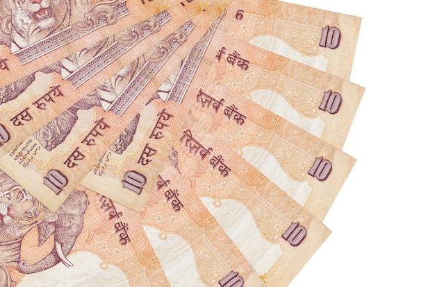 10 indiase roepies rekeningen ligt geïsoleerd op wit