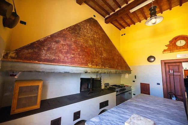 12 oktober 2018.interieur in de villa graziani in de buurt van de stad vada in de toscaanse region.tuscany.italy.
