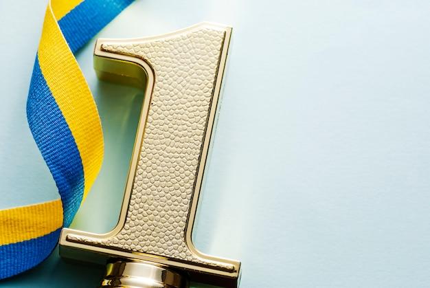 1e plaats victory gouden kampioenschapstrofee