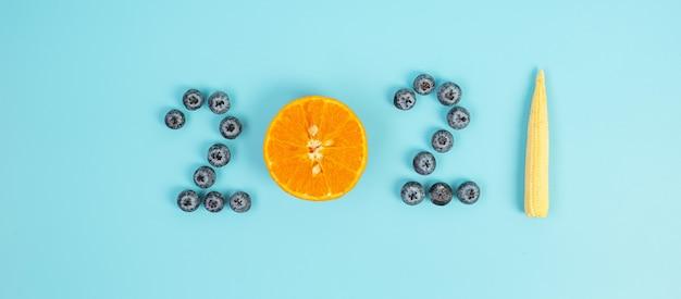2021 gelukkig nieuwjaar en nieuwe jij met groenten en fruit
