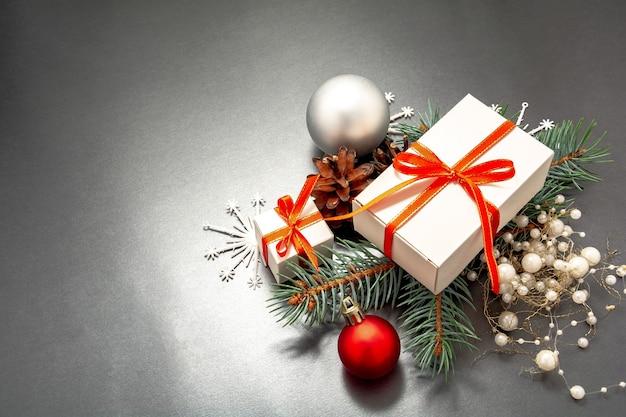 2021 gelukkig nieuwjaar, merry christmas-decoraties flatlay.