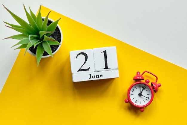 21 juni op houten blokjes