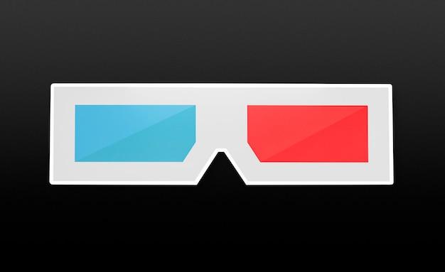 3d-bril met blauwe en rode lenzen