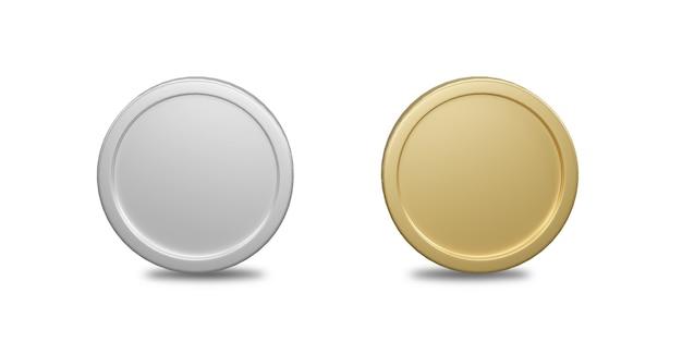 3d render gouden en zilveren munten geïsoleerd op een witte achtergrond