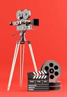 3d render van retro filmcamera met spoelfilm, klepelbord