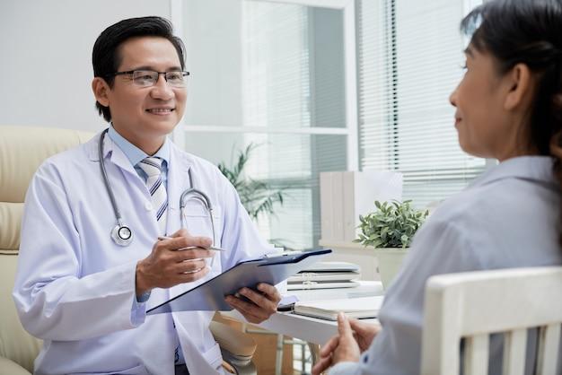 Aanbevelingen geven aan de patiënt