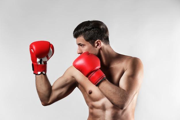 Aantrekkelijke jonge bokser
