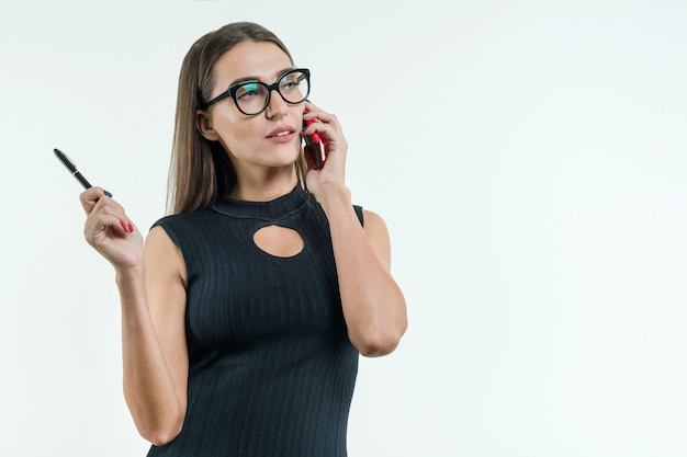 Aantrekkelijke vrouwelijke leraar, zakenvrouw