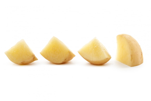 Aardappel op wit wordt geïsoleerd dat