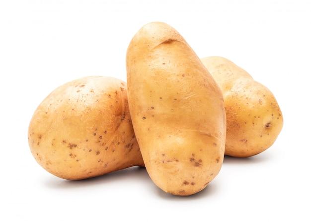 Aardappel op witte achtergrond wordt geïsoleerd die. verse aardappelen.