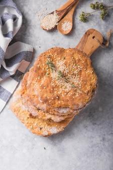 Aardappel plat brood zijn traditionele zachte finnen