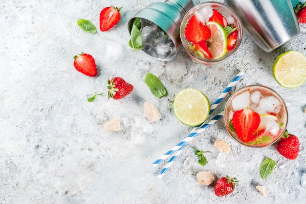 Aardbeien mojito cocktail