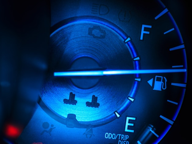 Abstracte autosnelheidsmeter in blauwe toon