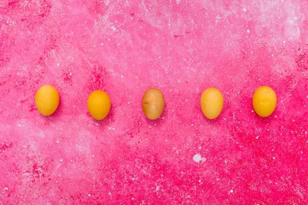 Abstracte gele eieren