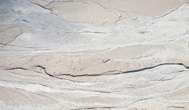 Abstracte grijze textuur van natuurlijk, kaliumzout in een zoutmijn