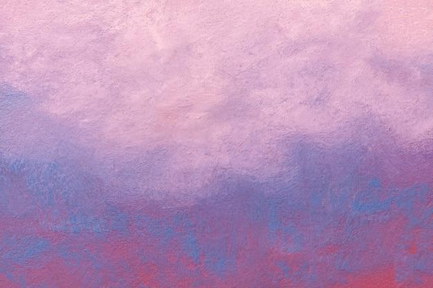 Abstracte kunst lichtblauwe en purpere kleuren als achtergrond. aquarel op doek met zacht roze verloop.