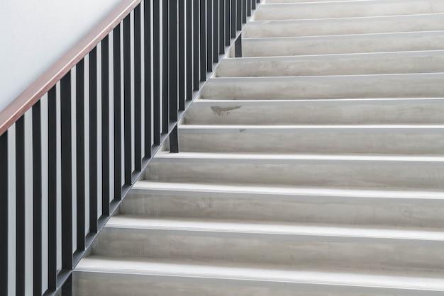 Abstracte moderne betonnen trap