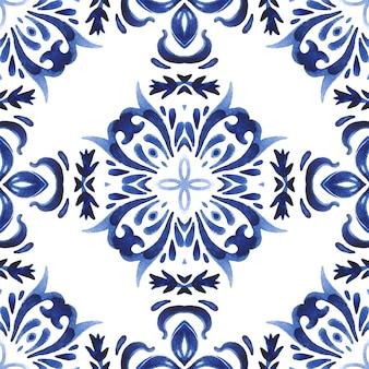Abstracte naadloze sier aquarel damast arabesque verf patroon. prachtig ontwerp van keramische tegels