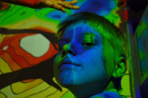 Abstracte nacht lichte afbeeldingen op het portret