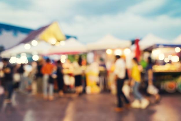 Abstracte onduidelijk beeldmarkt bij winkelcomplex