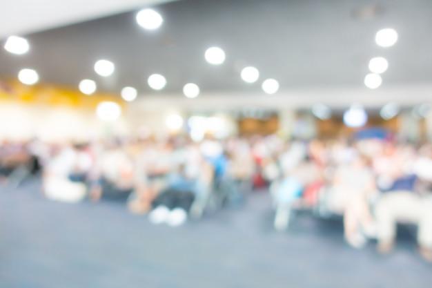 Abstracte onduidelijk beeldpassagier in de luchthaven.