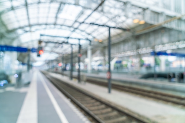 Abstracte onscherpte in het treinstation