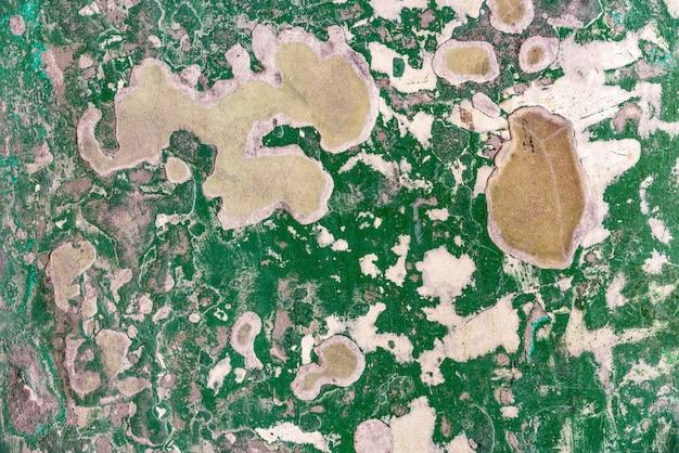 Abstracte oude en verlaten groene de vloertextuur van de barst epoxy. perfect voor achtergrond.