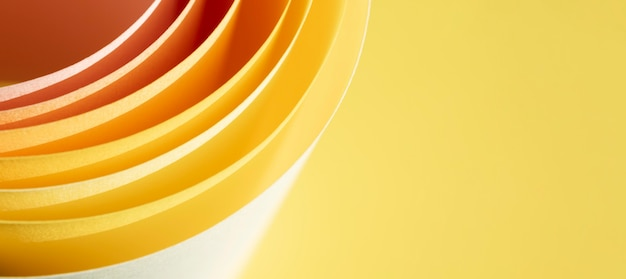 Abstracte paginalagen op gele achtergrond