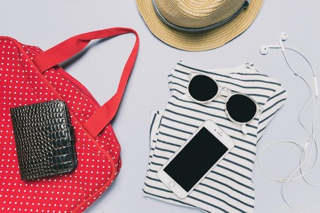 Accessoires en kleding voor op reis