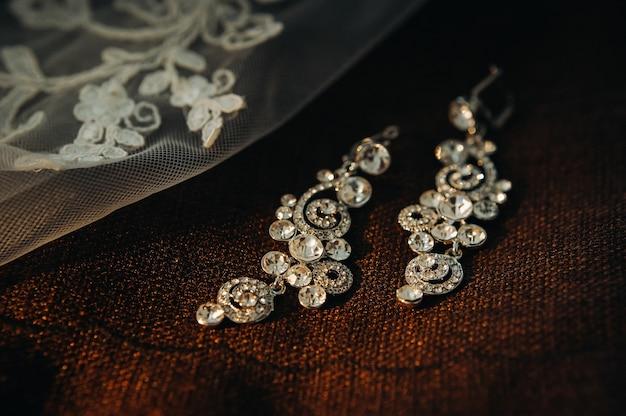 Accessoires voor de bruid.