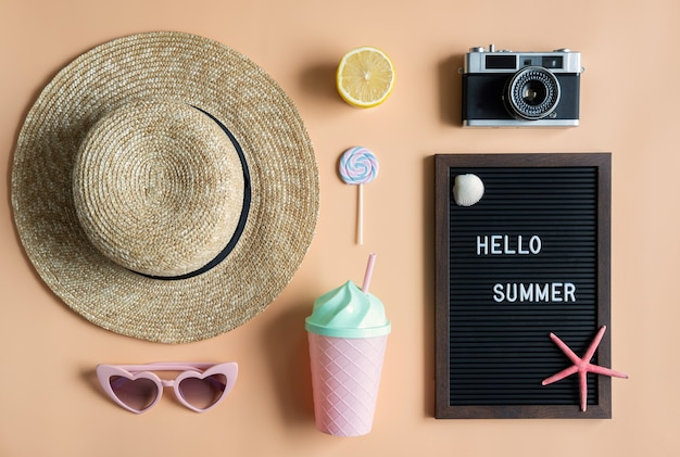 Accessoires voor reizen, zomer vakantie concept