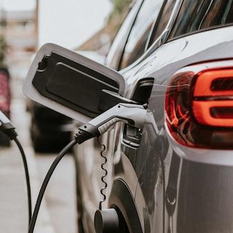 Accu van elektrische auto (ev's) wordt opgeladen
