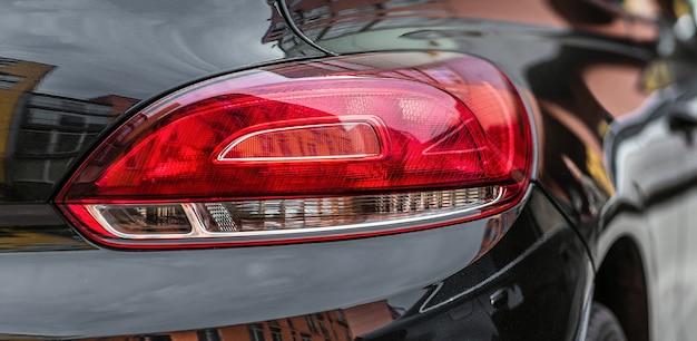 Achter modern autolicht