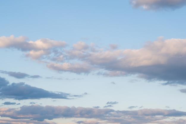 Achtergrond met bewolkte hemel