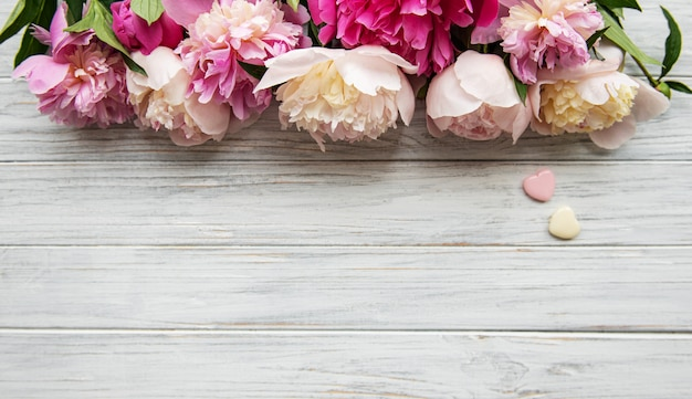 Achtergrond met roze pioenrozen