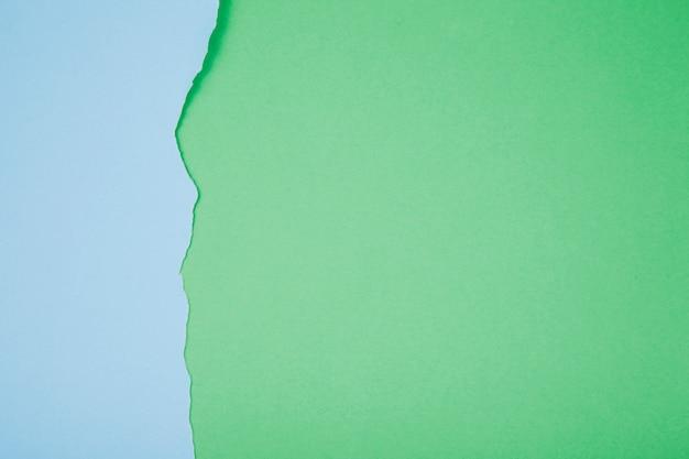 Achtergrond van gescheurd kleurrijk papier