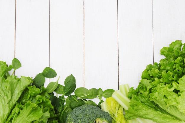 Achtergrond van groenten, gezond voedselconcept dat wordt gemaakt