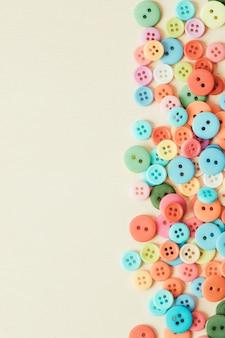 Achtergrond van knoppen van verschillende kleuren. hoge kwaliteit foto